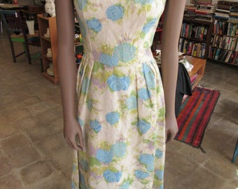 "Vintage Brocade Evening Gown Size XS-S 36"" Bust 27"" Waist"