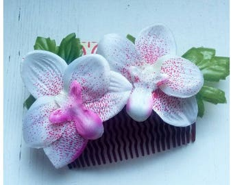 Lovely Haircomb with pink and white orchids!