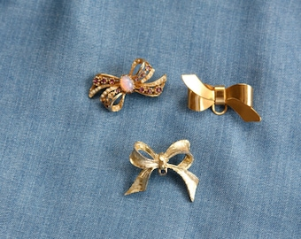 Three Gold Bow/Vintage Gold Bow/ Set OF 3 Bow Brooches/Small Bow Brooches/Small Bow Pins