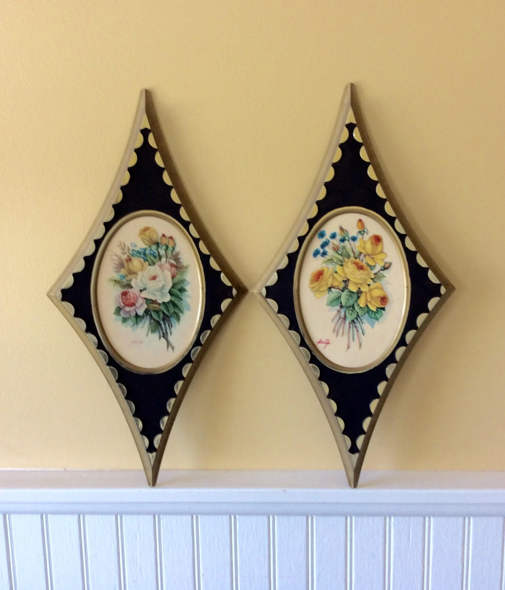 Vintage Pair of Floral/Rose Wall Plaques Black & Gold