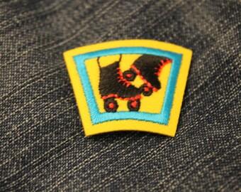 Roller skate mini patch (1) - scout fun merit badge roller derby rink diva