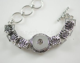 Lovely Antiqued Silver Bracelet with Toggle Closure