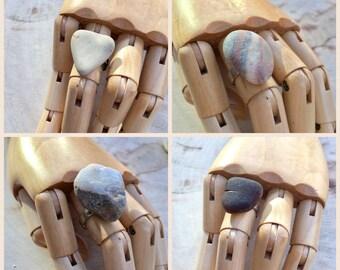 Pebble adjustable ring. Beach quartz ring. Seaglass ring. Beach pottery. Beach rings. Stone rings. Rock ring. Welsh pebbles.