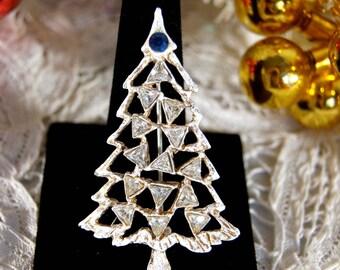 Vintage Christmas Tree Pin, Christmas Tree Brooch, Vintage Christmas Brooch, Vintage Christmas Pin, 1960's Christmas, Rhinestone Christmas
