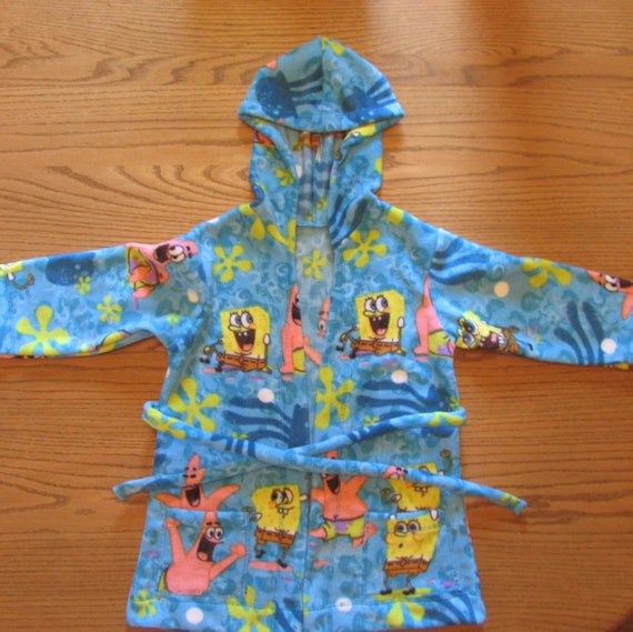 Sponge Bob robe/size 4T on sale and ready to ship/Sponge Bob fleece robe/boys fleece robe/boys hooded robe/fleece robe/toddler robe