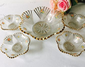 Glass Floral & Gold Serving Bowl with 4 Individual Bowls, England, 1940.