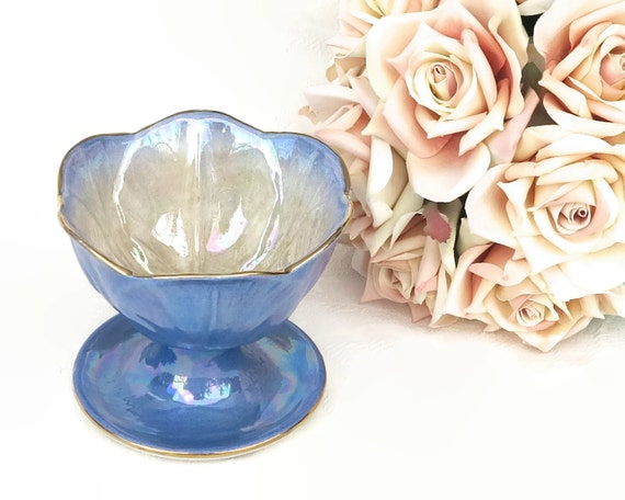 Vintage Maling blue sundae / dessert footed bowl, lusterware with cabbage leaves, Harlequin range, England, 1950s