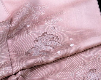 Japanese Kimono Robe / Vintage Silk Houmongi / Embroidery Kimono Robe / 011602