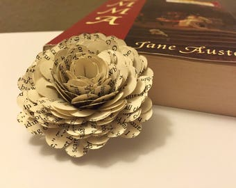 20 Vintage Book Paper Canations and Flowers-Book Paper Wedding-Decor-Party-Gift Topper
