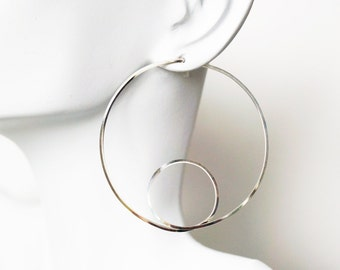 Harmonic Square Wire Circle Hoops