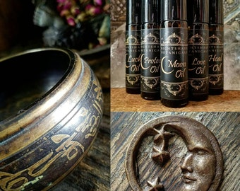 MOON Oil 1/3 Oz ~ Moon Ritual Oil ~ Moon Magick ~ Essential oils and Moonstone Gemstone by Nightshade Botanicals
