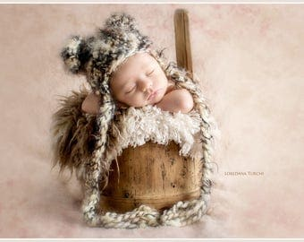 Neutral Crochet Bear hat,  with  Fluffy and very soft yarn,Crochet Bear hat,Baby Ear Flap Hat, Crochet Baby Hat, Baby Boy Hat, Newborn Prop