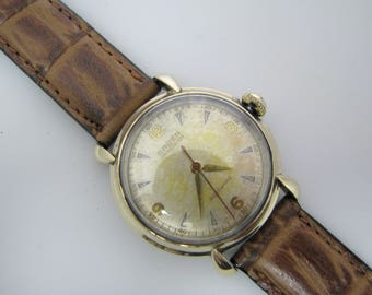 Vintage 1952 Gruen Autowind Watch in Gold tone with Leather Band