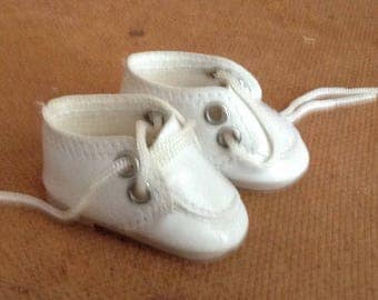 Vinage White Oxford Style Doll Shoes