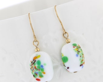14KT Gold Filled Vintage Glass Bead Dangle Earrings, Vintage Glass, Glass Bead Earrings, Dangle Earrings Gold Dangle, White Bead, Flower