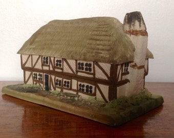 Vintage Ceramic Cottage. Bryn Melyn Pottery Thatched House. 1970's.