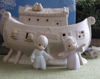 Precious Moments Noah's Ark Lighted Figurine Retired Collectible Figurine Noah and His Wife Two by Two Series Butterfly Symbol 1993 Retired