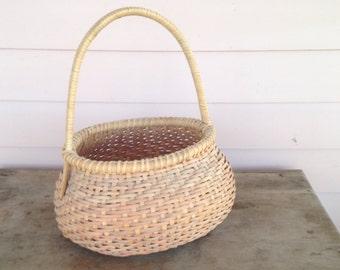 Vintage  Hand Crafted  Egg Basket  Nicely Woven  Sturdy Basket Signed Fortner 1990 Split Oak  Wrapped Bentwood Handle