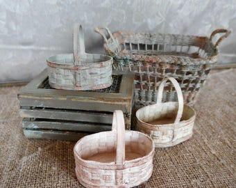 Weaved basket,   1:12