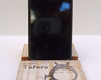 Base smartphone or tablet Totoro (smartphone or tablet stand Totoro)
