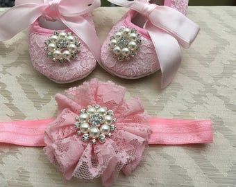 Pink lace baby shoes and headband set, rhinestone crib shoes, first walker lace shoes, newborn pink shoes, princess shoes
