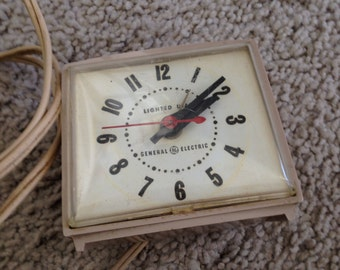 Vintage General Electric Alarm Clock Lighted Dial for Bedside