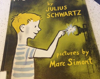 Now I Know Hardcover 1955 by Julius Schwartz and Illustrated by  Marc Simont
