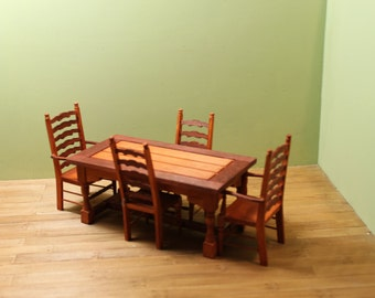 DOLLHOUSE MINIATURE Dining Table and Chairs Set