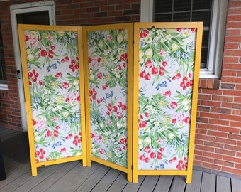 Vintage 3 Panels Room Divider Folding Privacy Screen Wood Frame Flowery Fabric Shabby Chic