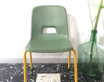 Chair child's Green and yellow