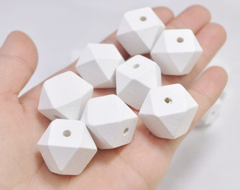50pc White Geometric Wood Beads,Hand Painted wood Beads 20mm,Polygonal,spaced bead,DIY Geometric necklace/keyring,Make jewellery for selling