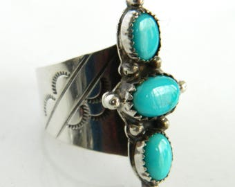 Vintage Sterling Silver Native American Turquoise Ring size 5