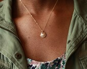 Seashell Necklace, Gold Shell Necklace, Gold Seashell Necklace, Beach Necklace, Shell Jewelry, Shell Pendant, Sea Shell, Gold Necklace