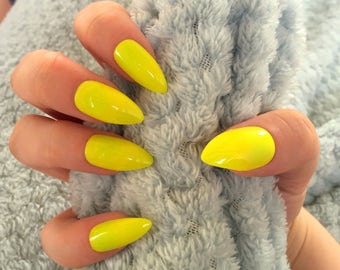 FALSE NAILS - Neon Yellow - Stick On - The Holy Nail