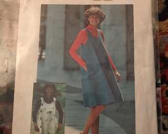1975 Simplicity Jiffy Pattern Jumper or Top