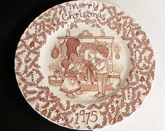 1975 Royal Crownford Merry Christmas Plate Staffordshire England Norma Sherman