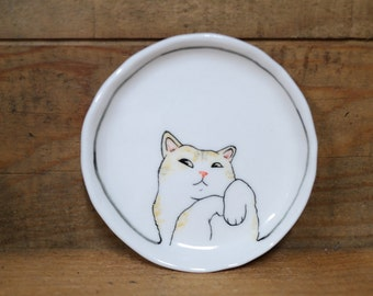 Hand made & animal painted  Versatile dish - Soap Dish - Jewelry  plate - Ceramic saucer - Cute serving - Cat dish