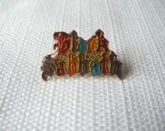 Vintage 80s Black Sabbath Rainbow Gothic Script Logo Enamel Pin / Button / Badge