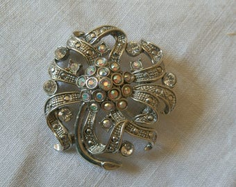 Vintage Silver Tone AB Rhinestone Brooch / Pin