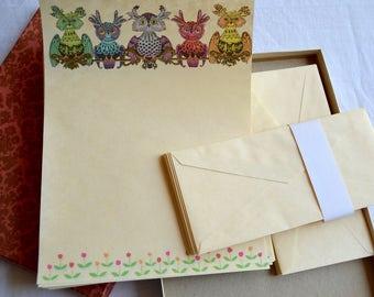 Vintage Stationery Set - Mod Owls on Parchment