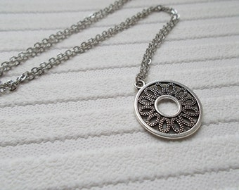 silver necklace dainty necklace simple jewellery gift for women flower necklace silver jewellery silver charm necklace