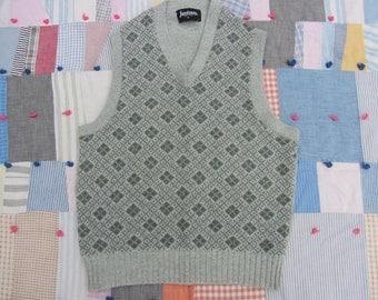 Vintage Jantzen Sweater Vest M Green Argyle Wool V-Neck