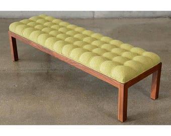 Long Button Tufted Walnut Bench (Q9DWSH)
