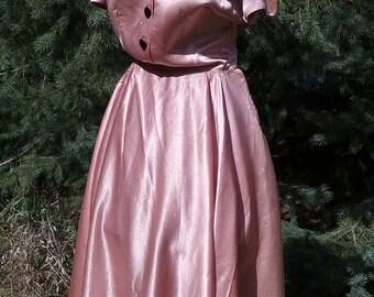 1940s Short Sleeved Deep Rose Satin Dress - Size 8