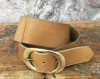 Vintage 70s Brown Leather Belt with Gold Metal Buckle / Women's Size Small to Medium