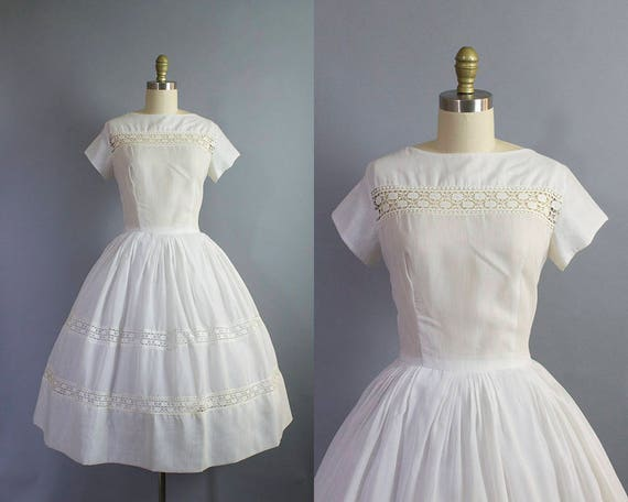 1950s white day dress/ 50s cotton sundress with lace detail/ medium