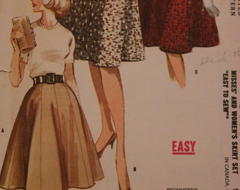Vintage  McCall's 6439 Sewing Pattern Set of 6-8 Gore Flared Skirts Waist 28 Hip 38