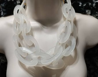 Frost and Ice, Huge Links Lucite Multi Strand Necklace Choker