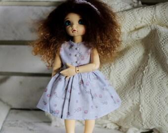 Light purple roses dress