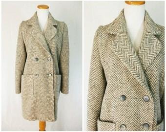 Tweed Pea Coat Herringbone Gray and Cream // 80's Wool Coat Double Breasted Overcoat 7 / 8 Medium